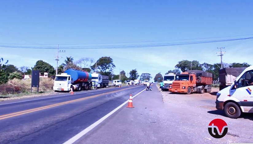 Paralisação dos caminhoneiros chega a Paraguaçu Paulista