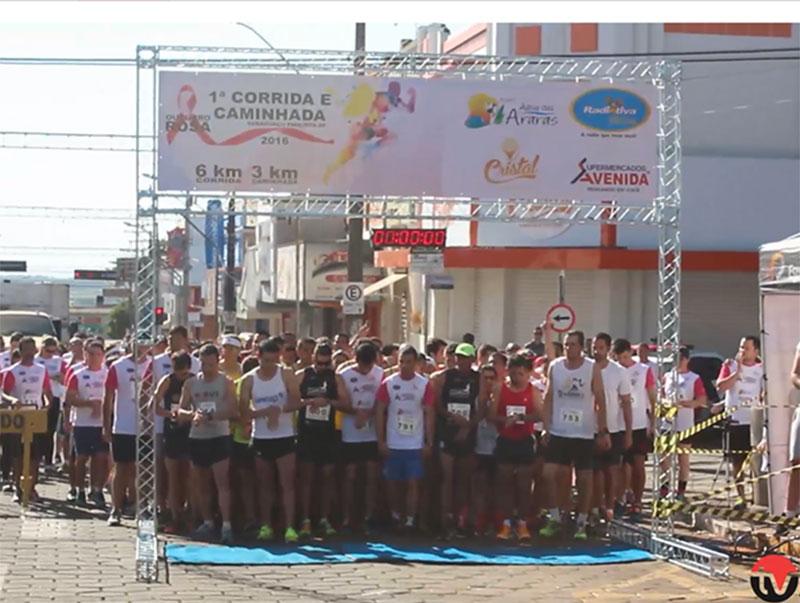 Corrida e Caminhada Outubro Rosa reúne centenas de participantes em Paraguaçu
