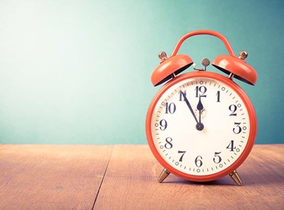 Governo volta atrás e horário de verão começa em 4 de novembro