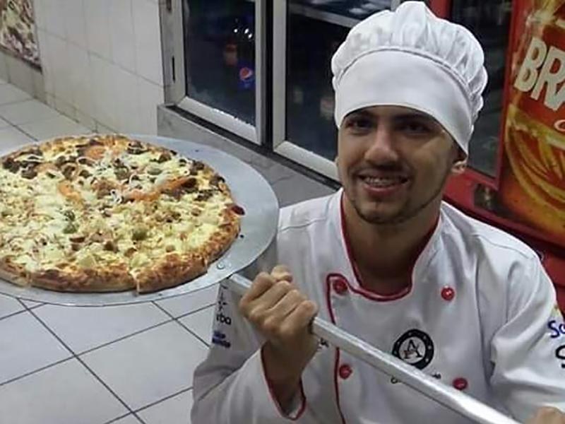 Quer comer pizza com 10% de desconto? Ligue para o Pizzaiolo Brancalião