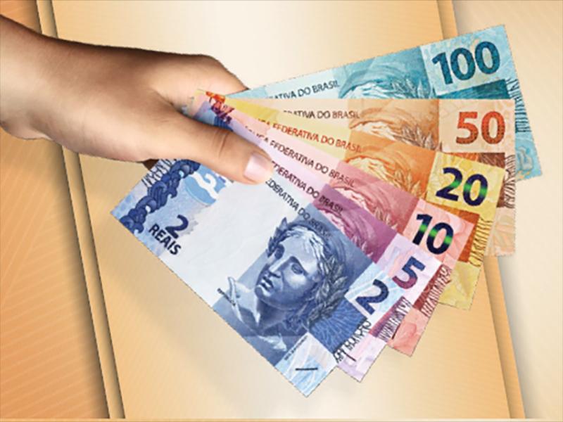 ACE alerta comerciantes quanto a circulação de dinheiro falso e notas manchadas em Paraguaçu