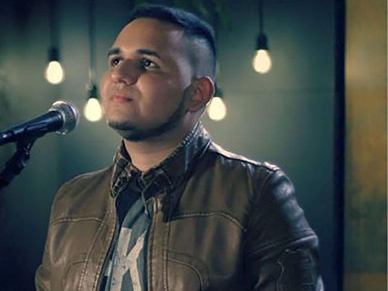 Jovem de Paraguaçu realiza sonho e lança clipe de música gospel