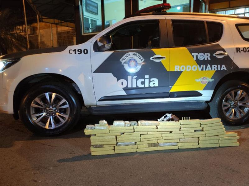 Polícia Rodoviária realiza apreensão por tráfico de drogas em Ourinhos