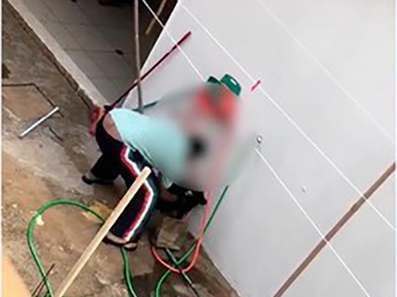 Homem flagrado maltratando filhote de cão é multado em R$3 mil em Prudente