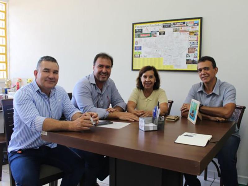 Prefeita Almira Garms envia pedido para realização da Festa do Peão