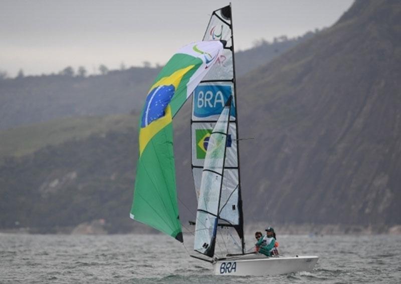 Nesta terça-feira acontece o Circuito Regional de Barco a Vela no Balneário de Paraguaçu