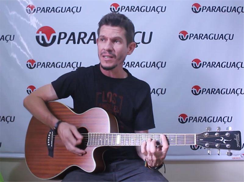 Com estilo diferenciado, Cris Portes é um talento musical de Paraguaçu