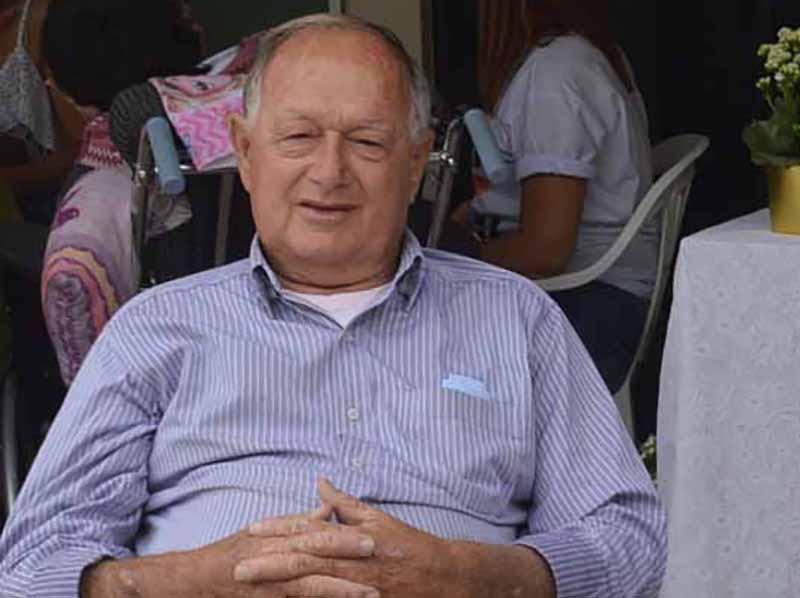 Carlos Azoia, pré-candidato a prefeito pelo MDB, é o entrevistado de hoje