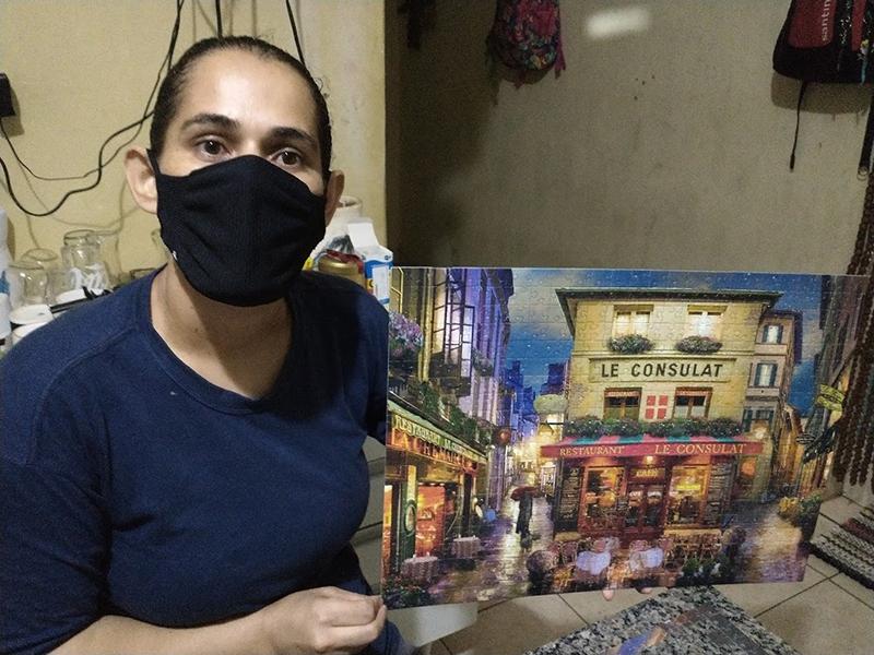 Paraguaçuense apaixonada por quebra-cabeças fala sobre seu hobby