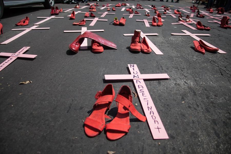 Feminicídio fez 137 vítimas por dia no ano passado