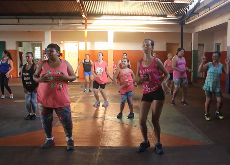 Zumba atrai cada vez mais paraguaçuenses em busca de saúde e interação