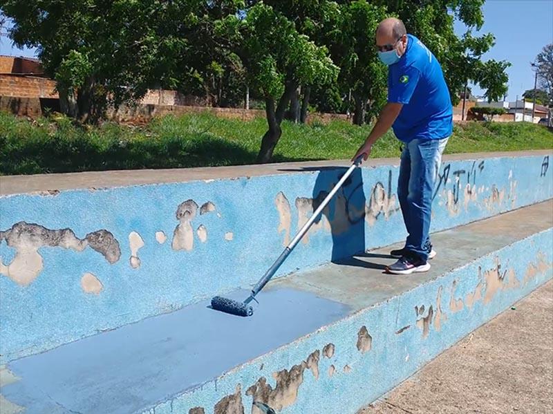 Departamento de Esportes realiza melhorias no campo do PLIMEC, na Barra Funda