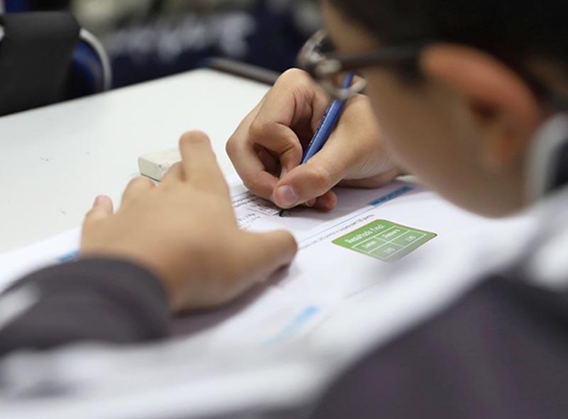 Governo de SP autoriza reabertura de escolas para atividades de reforço a partir desta terça-feira