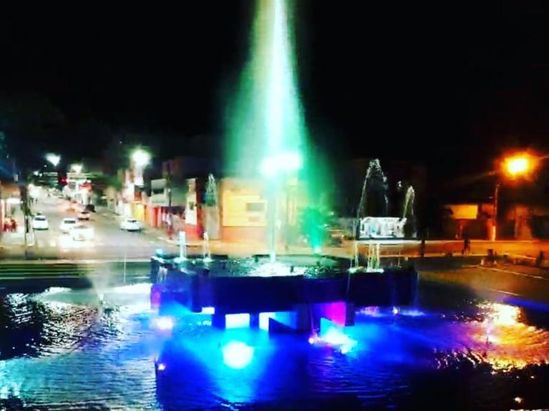 Fonte Luminosa é um dos símbolos preferidos dos paraguaçuenses