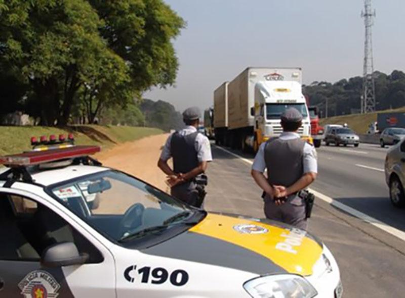 Feriado prolongado teve 37 casos de embriaguez nas rodovias da região