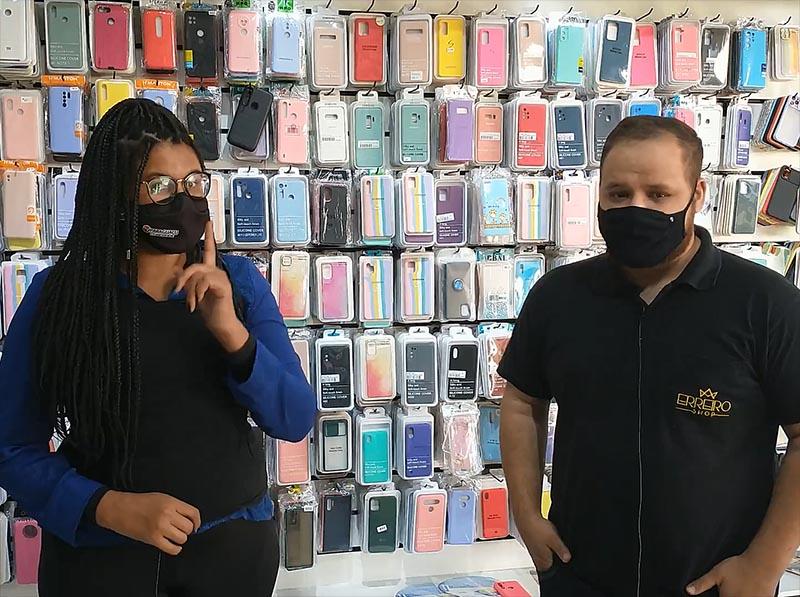 Erreiro Shop oferece ampla variedade em capinhas e películas para celular
