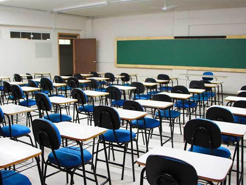 Assis retoma aulas presenciais nesta segunda após determinação da Justiça