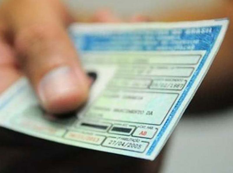 Validade da carteira de motorista passará de 5 para 10 anos
