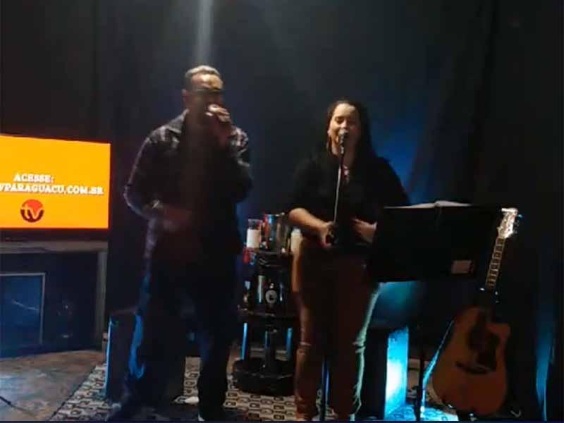Live Show com Cleberson Anchor e Jakeline Canevari