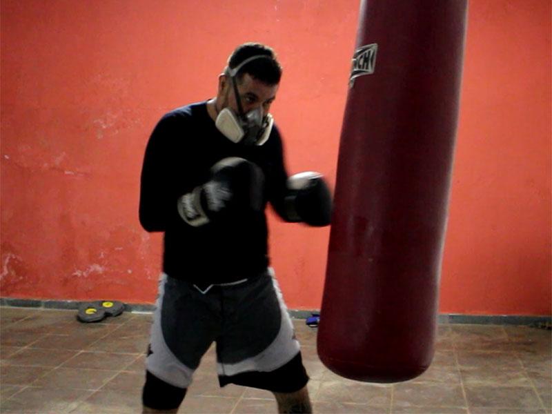 Willian Cowboy disputa nesta semana sua primeira luta internacional na República Tcheca