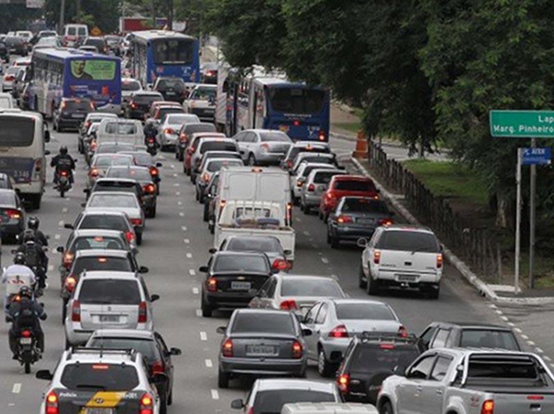 São Paulo reinicia rodízio de veículos nesta segunda-feira