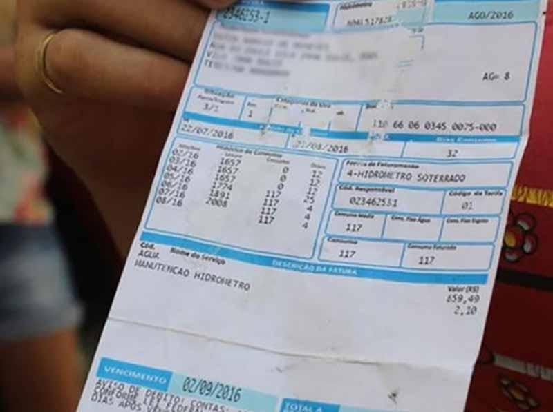 Famílias de baixa renda estão isentas de pagar conta de água até agosto