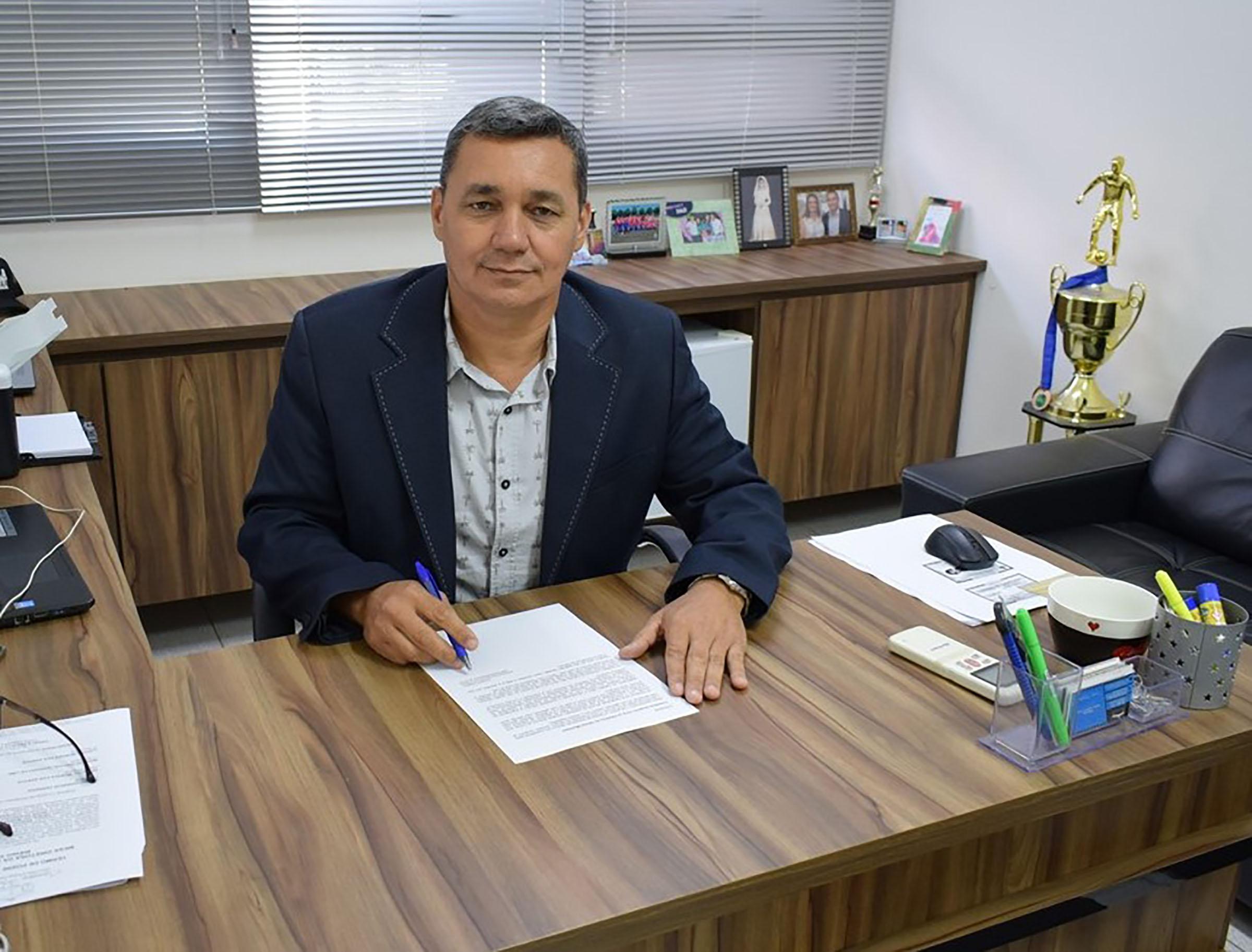 Presidente Serginho inicia os trabalhos na Câmara Municipal