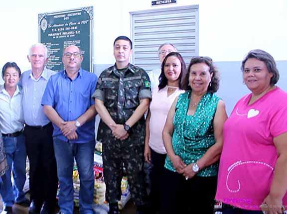 Tiro de Guerra realiza entrega de alimentos arrecadados durante campanha Arroz com Feijão