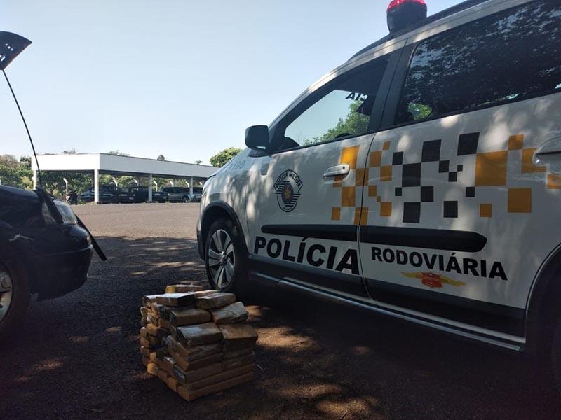 Motorista é preso com quase 30 kg de maconha em rodovia de Assis