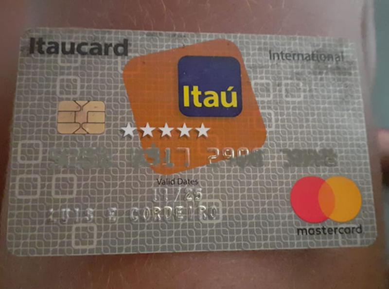Moradora encontra cartão perdido na estrada do Rancho Alegre