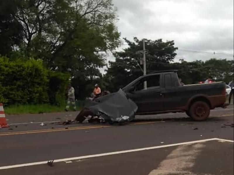 Viatura da PM de Paraguaçu bate em veículo em Assis