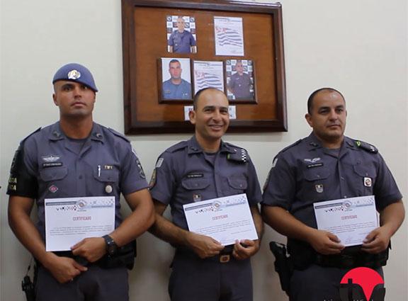 Polícia Militar realiza homenagem aos policiais destaques em novembro