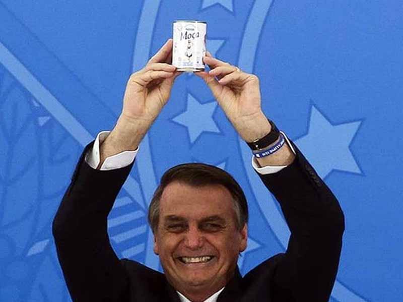 Paraguaçuenses se manifestam nas redes sociais sobre gastos excessivos do presidente Bolsonaro