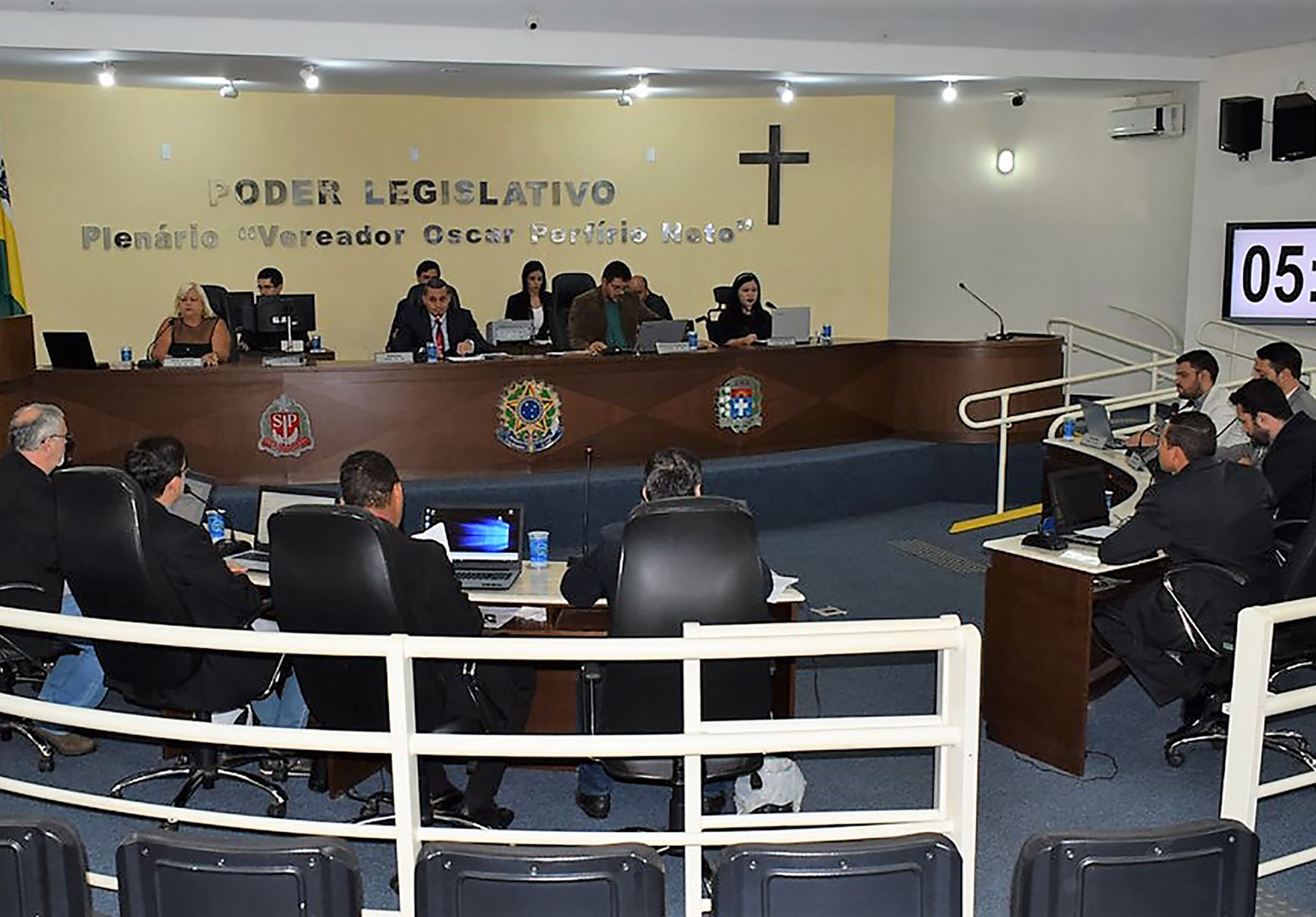 Vereadores pedem implantação de ônibus circular em Paraguaçu