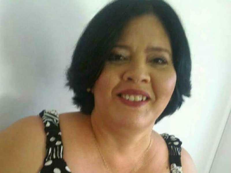 Professora de Paraguaçu é destaque em página que homenageia escritores