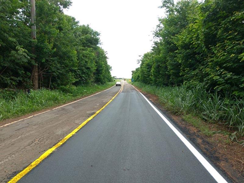 Acesso ao município de Quatá recebe melhorias no pavimento