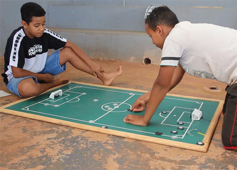 Brincar nas férias oferece oportunidade de interação a crianças de Paraguaçu