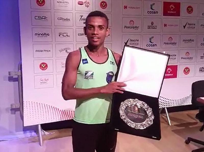 Paraguaçuense Daniel Nascimento supera bicampeão da São Silvestre e vence Meia Maratona