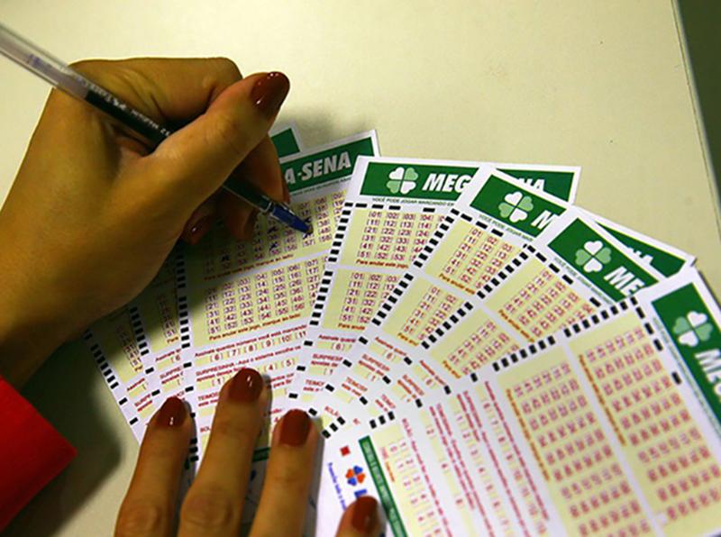 Primeiro sorteio da Mega-Semana de Verão pode pagar R$ 2 milhões nesta terça-feira, dia 26