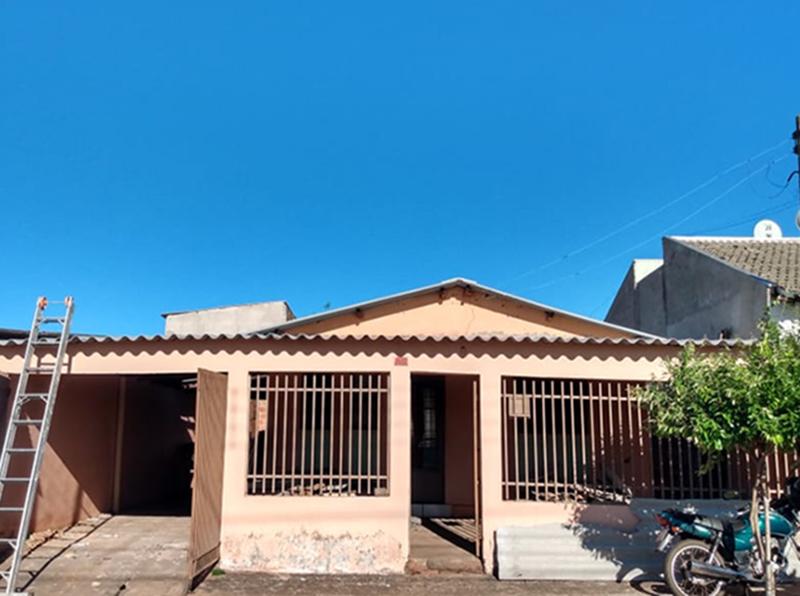 Residência destelhada após chuva em Paraguaçu passa por reforma