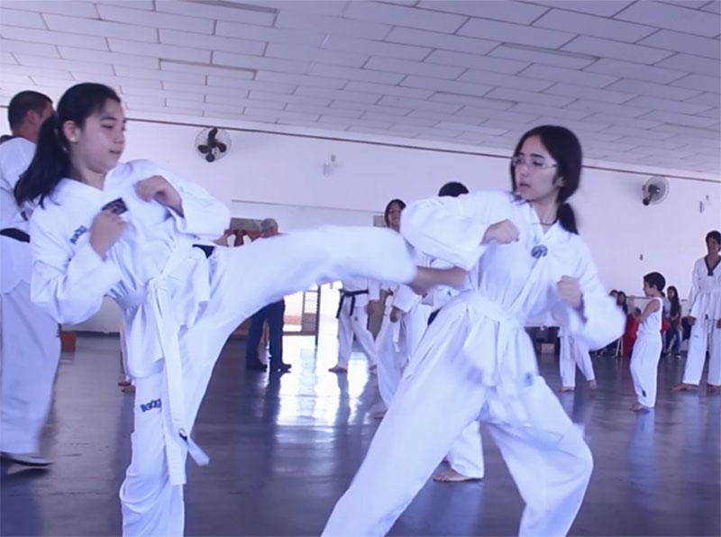 Projeto de Taekwondo beneficia alunos de escolas públicas em Paraguaçu