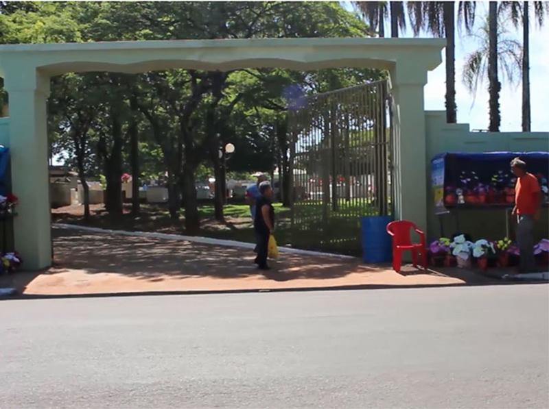 Prazo para reforma e limpeza de túmulos vai até 27 de outubro, em Paraguaçu